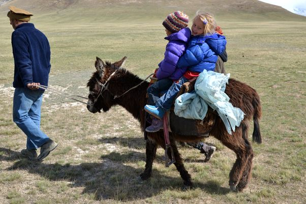 Eselreiten in Kirgistan